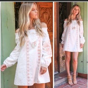 Dresses & Skirts - White off-shoulder bohemian dress